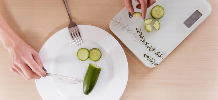 Dysfunkcje w hamowaniu działania u osób z zaburzeniami odżywiania