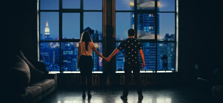 Samotność zwiększa dystans w bliskich kontaktach społecznych?